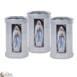 Night-light candles to thank the Virgin Mary of Lourdes