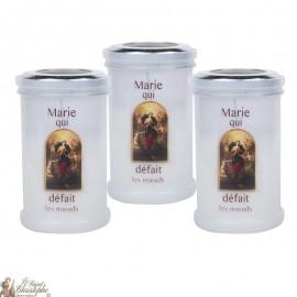 Kaarsen van dank aan Maria die de knopen losmaakt