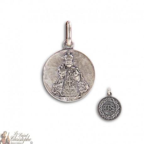Médaille Petit Jésus de Prague en métal