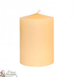 Kerze gefärbt in der Masse Creme 7 x 10 cm