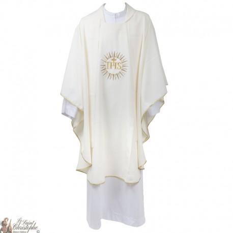 1aef18f2b18 Casulla para sacerdote con estola bordada